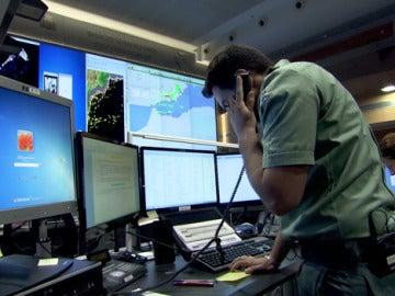 Los agentes visualizan un track sospechoso en Almería