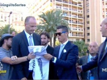 Llegada trofeo UEFA