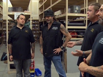 El equipo de Count's Kustoms se cuela en 'La casa de los empeños'