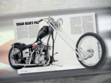 Frame 51.404714 de: Una moto de mercadillo