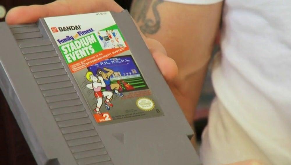 Frame 51.224256 de: Una extraña colección de juegos de la Nintendo muy valorada