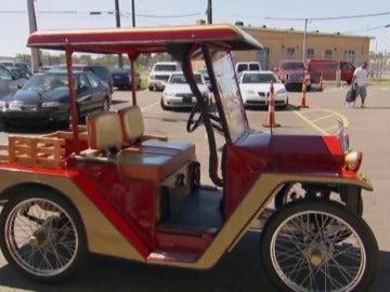 Frame 118.565733 de: ¿Cuánto dinero te gastarías en un cochecito de golf personalizado?