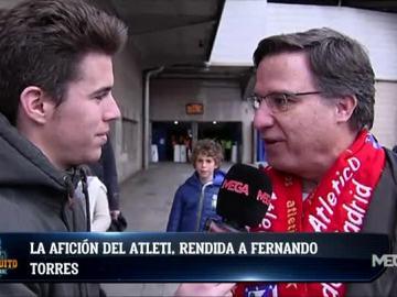 La afición del Atleti, rendida a Torres