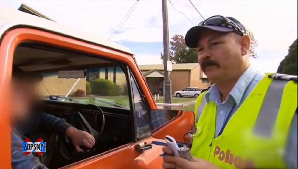 Ponemos a prueba a Benny Fowler, el policía que ha ganado el premio a la simpatía