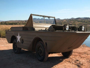 Un 'seep', el coche anfibio