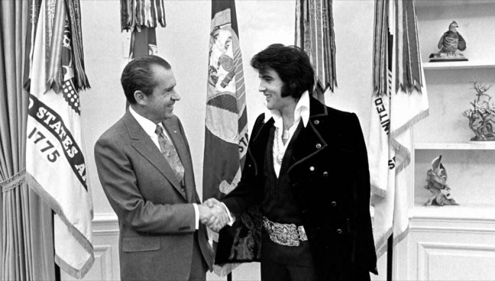 Cómo Elvis consiguió su placa de Agente Antidroga