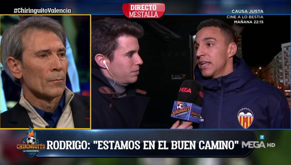 """Rodrigo, jugador del Valencia: """"¿Chicharito? El club decidirá"""""""