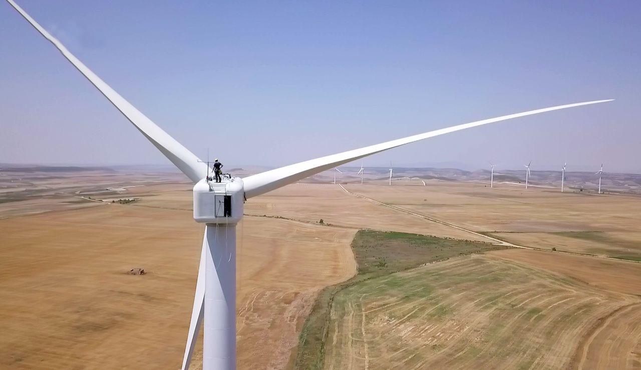 El autogenerador del parque eólico de Vedadillo en Navarra