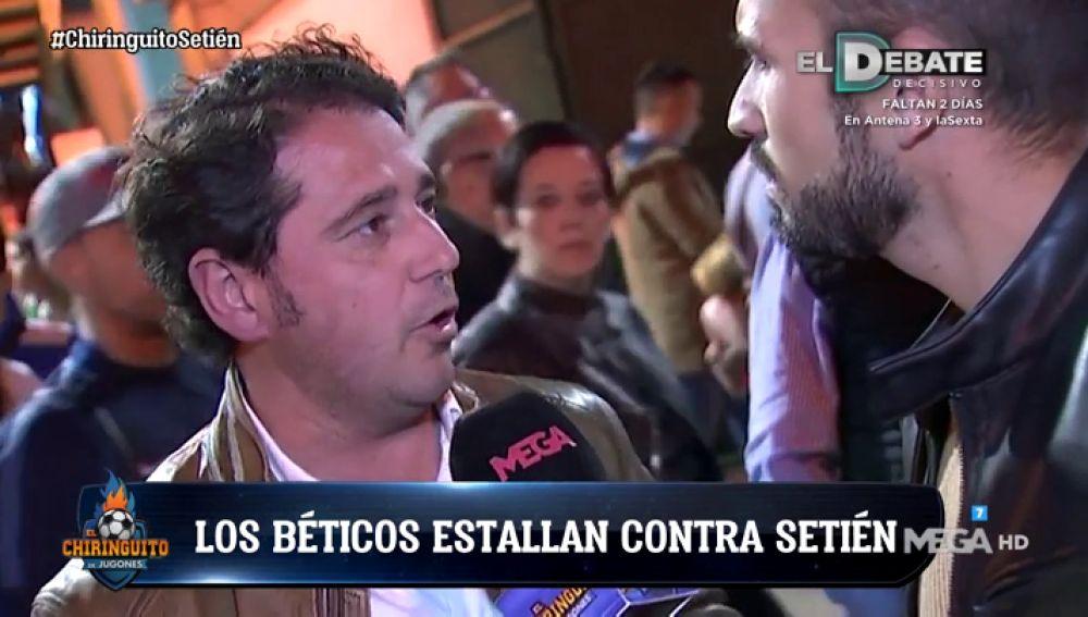 La afición del Betis 'estalla' contra Quique Setién