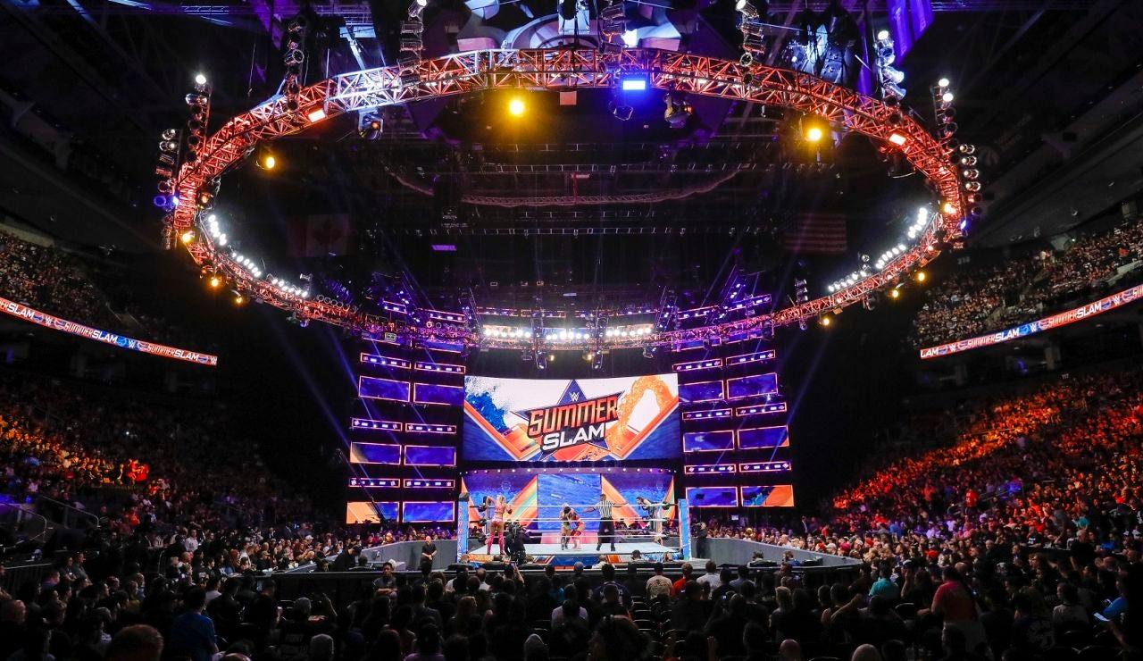 Seth Rollins vence a Brock Lesnar y se proclama campeón universal en SummerSlam