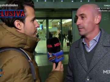 "Luis Rubiales, con Juanfe Sanz: ""Deseamos suerte a Robert Moreno, pero ya pensamos en Luis Enrique"""