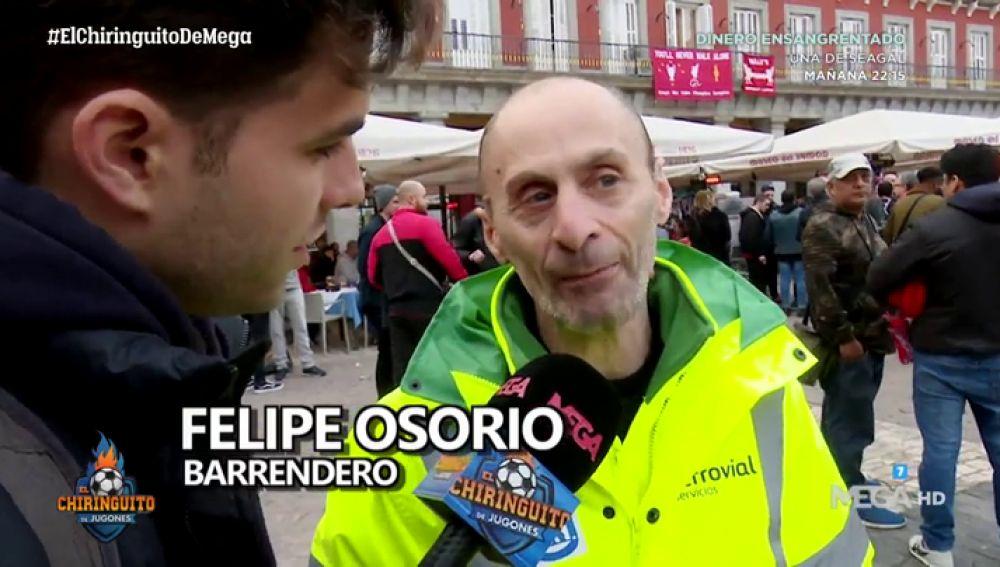 La historia de Felipe Osorio, el barrendero que lidia con los hooligans para mantener limpio Madrid