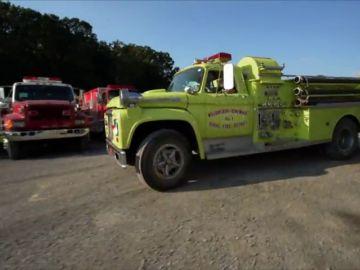 Rick consigue el camión de bomberos con el que siempre había soñado