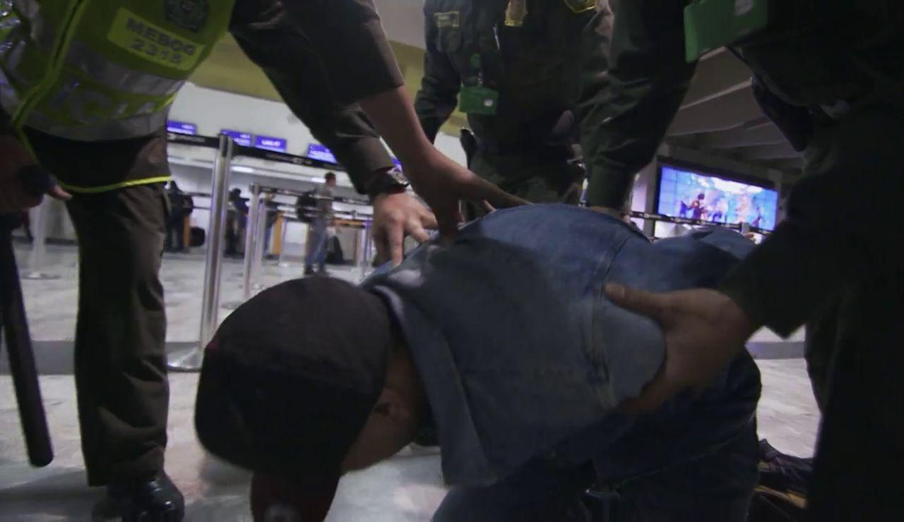 """""""Menos de 20 robos al año"""": Así actúa la policía del aeropuerto"""