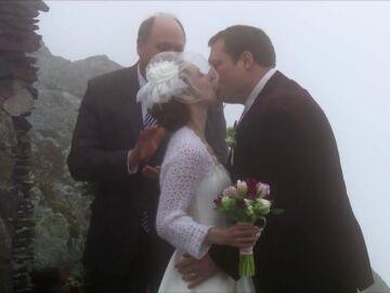 Día libre en la clínica del Dr. Pol para celebrar la boda de su hijo