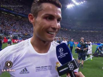 Cristiano Ronaldo, con Susana Guasch después de la final de la Champions