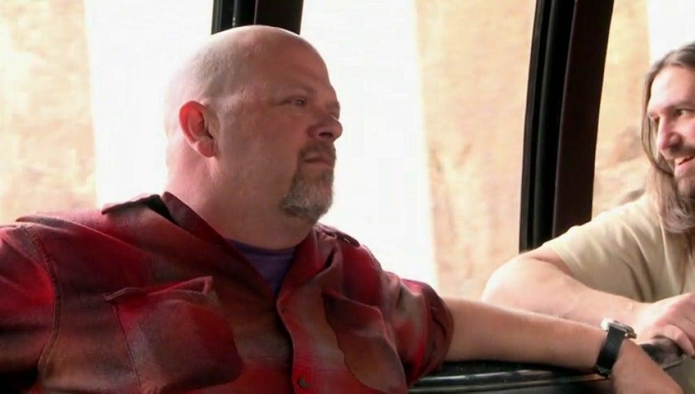 Frame 44.870942 de: Rick regala a sus chicos una excursión a la 'Presa Hoover'