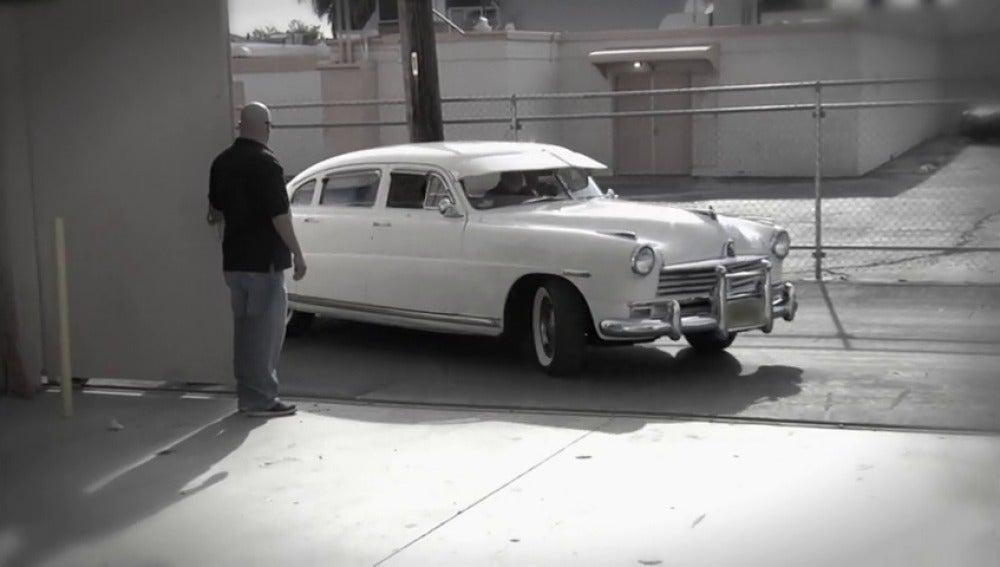 Frame 3.826214 de: ¿Cuánto cuesta el coche de la película 'paseando a Miss Daisy?'