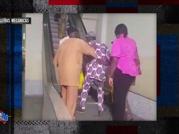 Nunca bajes escaleras mecánicas por el lugar equivocado