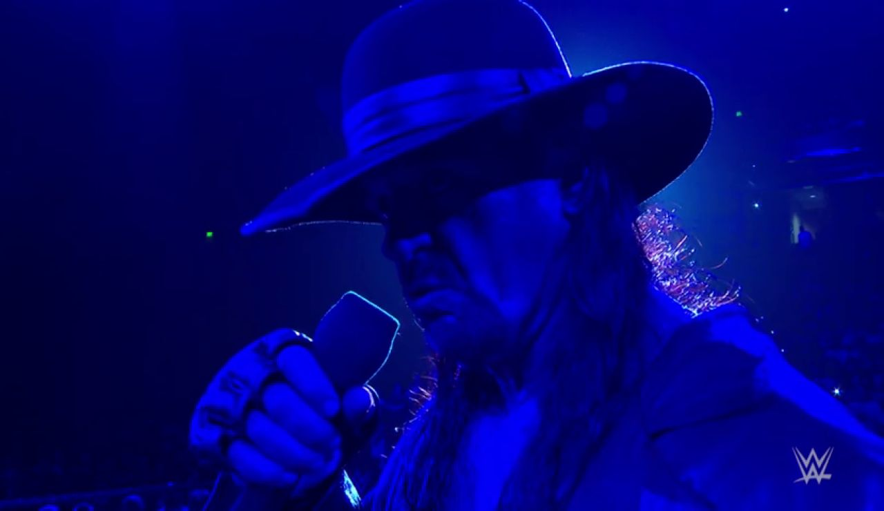 The Undertaker regresa a 'Raw'