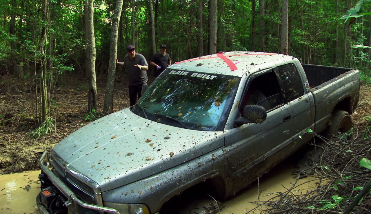 Justin y Jeremy revientan sus pickups en el 'Infierno verde'