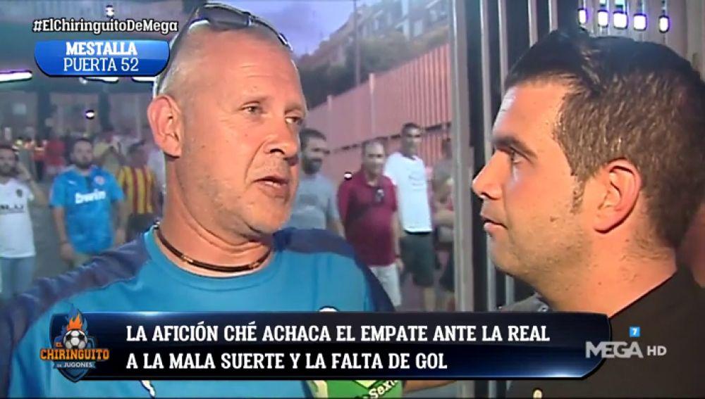 La afición del Valencia manda un mensaje a Rodrigo tras empatar ante la Real Sociedad