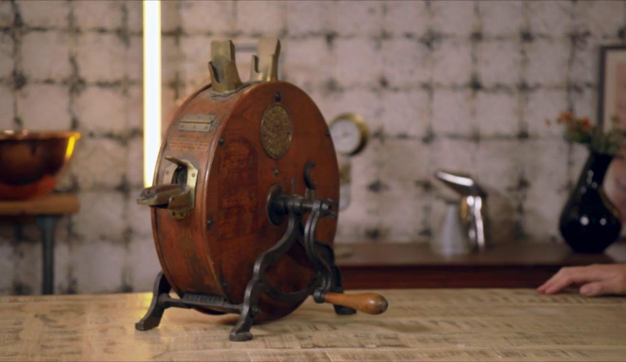 ¿Qué es este objeto conocido como 'El amigo de los sirvientes'?